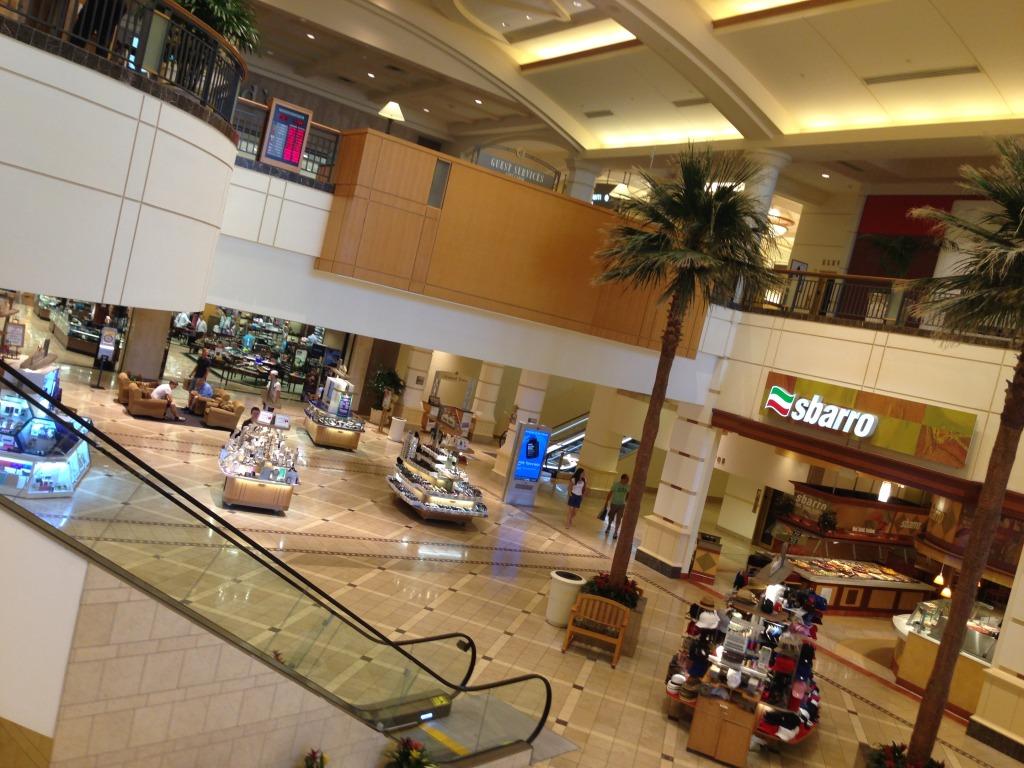 Ponto Miami Compras em Miami Galleria Mall 1