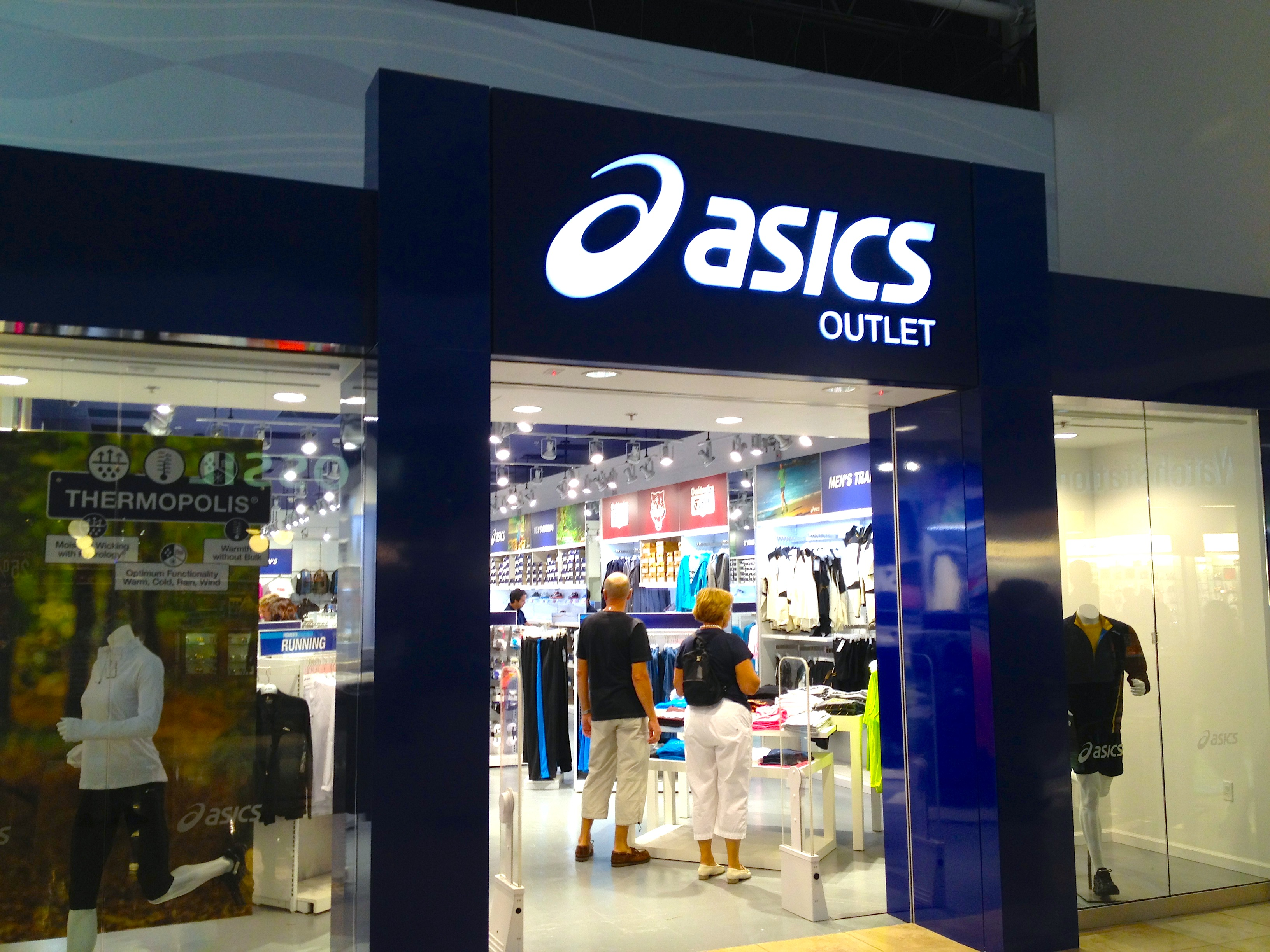 asics outlet near la