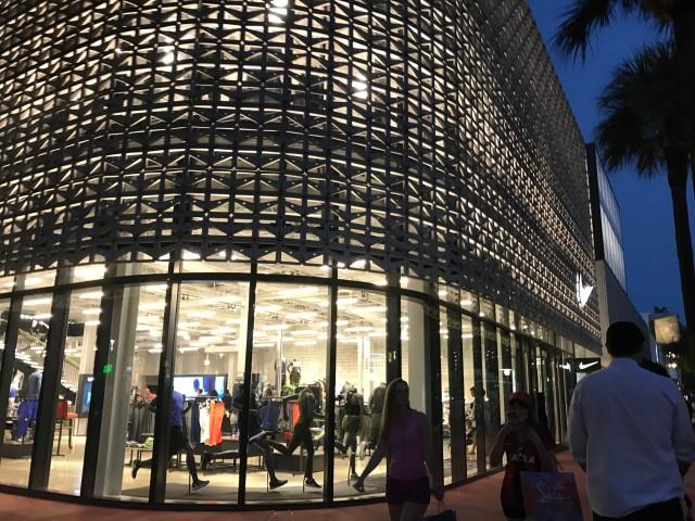 Ponto Miami Compras em Miami Nike LR 002
