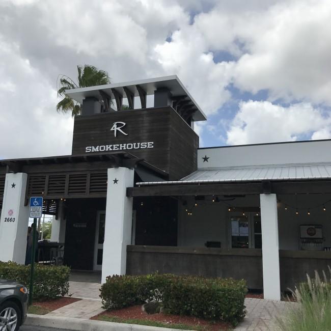 Ponto Miami Restaurantes em Miami 4 rivers 002