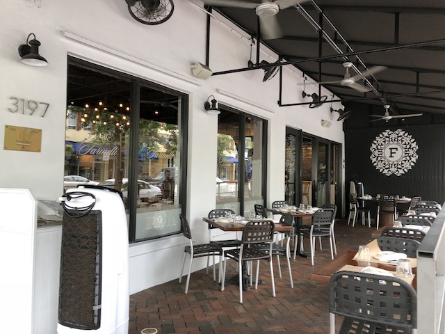 Ponto Miami Restaurantes em Miami Farinelli 1937 004