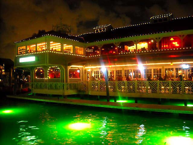 Ponto Miami Restaurantes em Miami 15th Street Fisheries 2