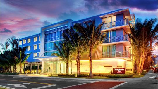 Ponto Miami Hotel em Miami Residence Inn Surfside NEW 001