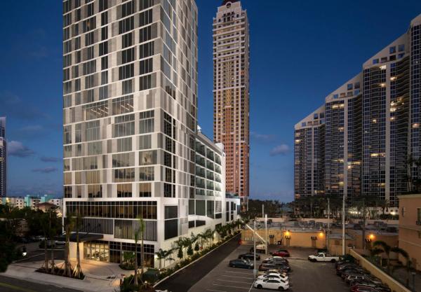 Ponto Miami Hotel em MIami Residence Inn Sunny Isles 002